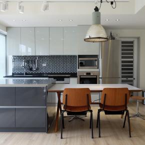 北欧风装修效果图:28坪老屋改造灰阶的北欧宅